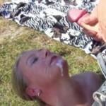 Als Fick- Blas- und Schluck- Schlampe, für jeden, am Badesee dargeboten worden! Teil 2